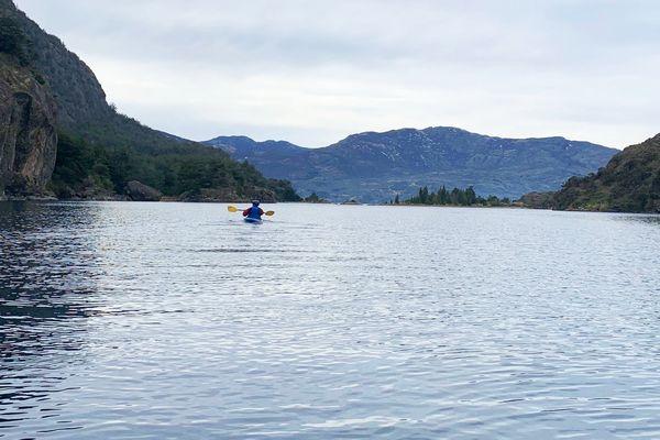 Kayak y Caminatas